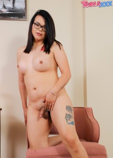 Cumshot Friday: Kimora!