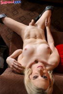 Red Hot Nikki Cums!